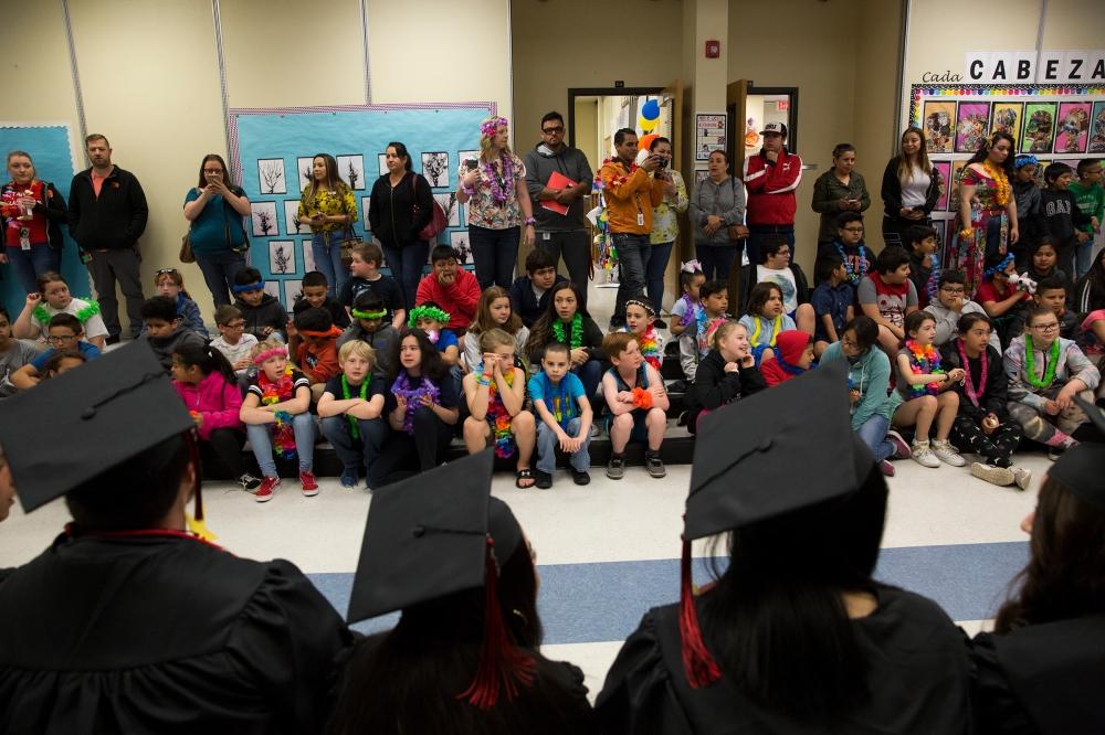 North Salem grads visit elementary school_mr12